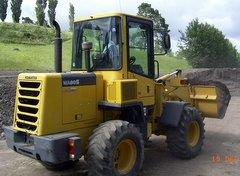 Heavy earth mover driving course